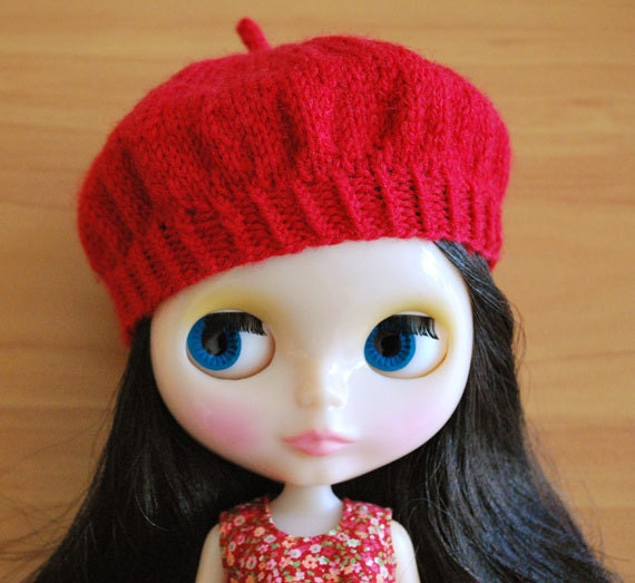 Red Knitted Beret for Blythe