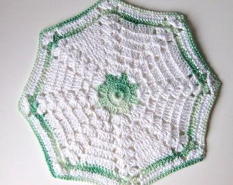Crochet Pot Holder in green variegated thread kitchen decor vintage dining mid century