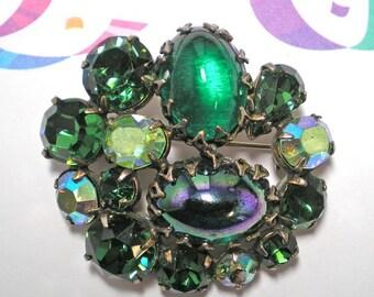 REGENCY Multi Green Brooch   Item No: 15562