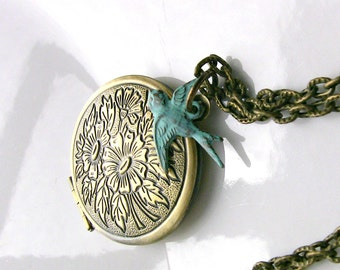 Blue Bird Locket Necklace - Vintage Photo Locket  - Picture Locket - Verdigris Antique Bird Locket - Original Gift for Her