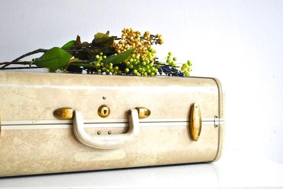 Ivory Vintage Suitcase - Samsonite marbled finish luggage