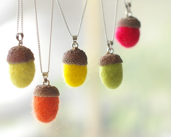 Acorn necklace felt - handmade felted acorns - Autumn woodland jewelry