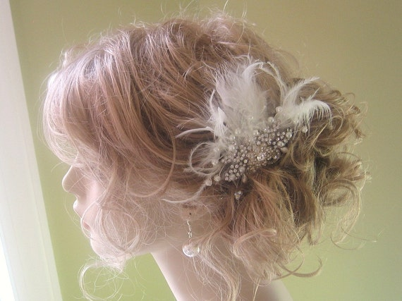 Rhinestone & Pearl Bridal Hair Pin with Ivory feathers- Bridal Hair piece- Wedding Hair Accessory- Fascinator