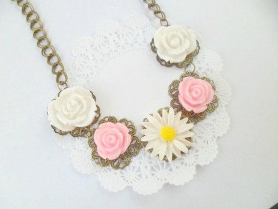 Floral Flower Daisy Rose Bib Vintage Style Necklace, Statement Necklace