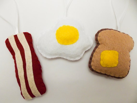 Egg, Bacon and Toast Felt Ornament Set