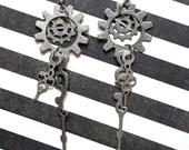 Alice In Wonderland Jewelry, Disney Jewelry, Steampunk Alice, Disney Earrings