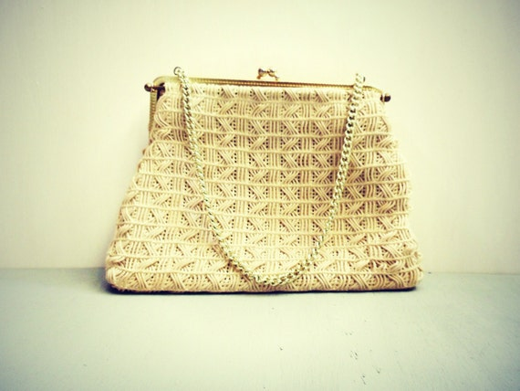 Vintage 1960s ivory clutch w golden strap