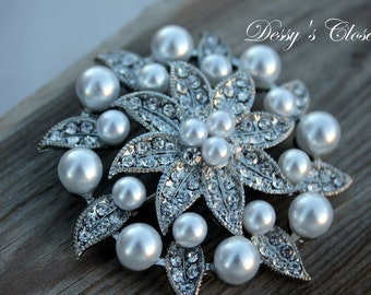 20% OFF White Ivory Pearl and Crystal Rhinestone Brooch