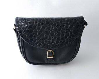 Vintage black patent faux croc shoulder bag / cross body bag / purse