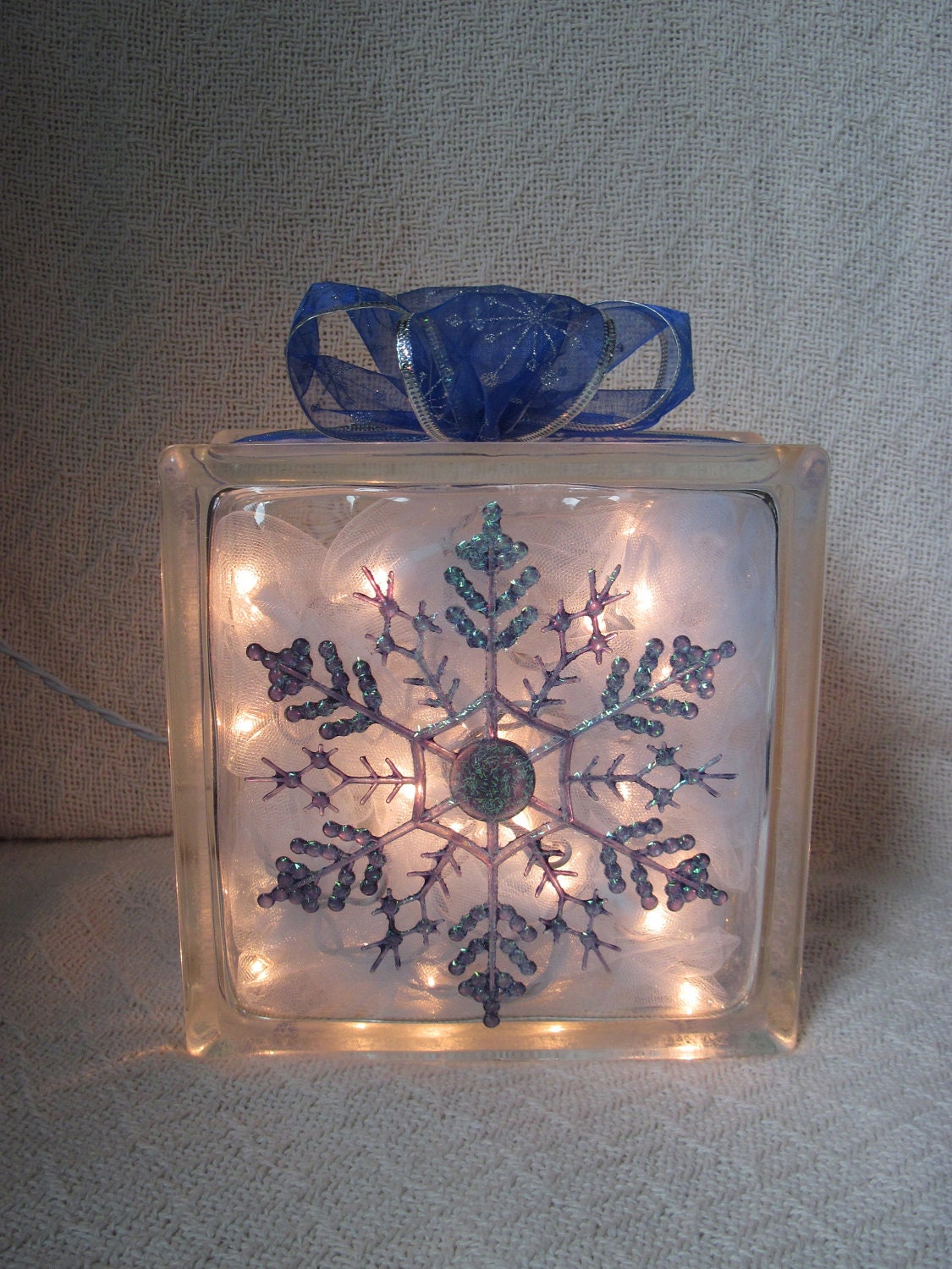 Snowflake glass block home decor for Glass home decor