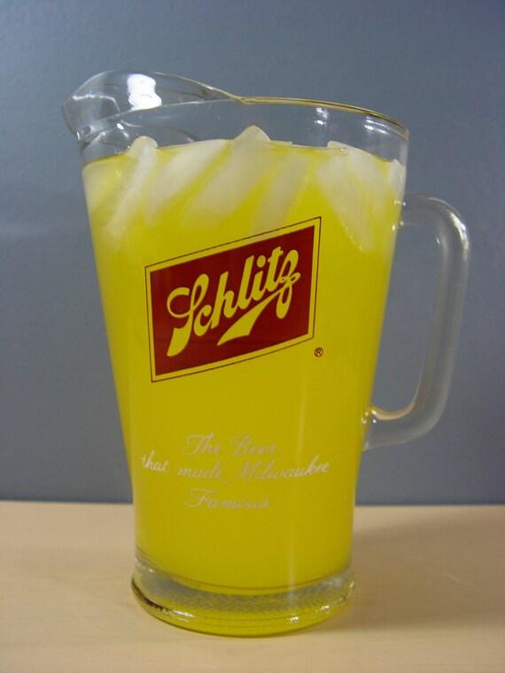1970s Schlitz Beer Glass Pitcher (60 oz.)