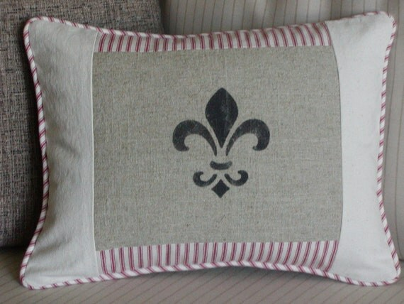 Shabby Chic Pillows White : Shabby Chic Pillow Cover Red & White Hand Stenciled
