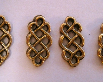 4 CELTIC KNOT CONNECTORS in Antique Gold
