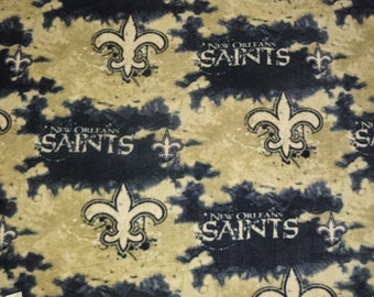 "Large Adult Size New Orleans Saints No Sew Fleece Blanket with Black Back (60"" x 72"")"