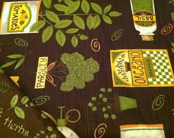 Insulated Casserole Carrier Debbie Mumm Herbs with Brown Herb Interior