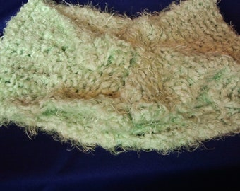 Super Soft Chunky Green Cowl