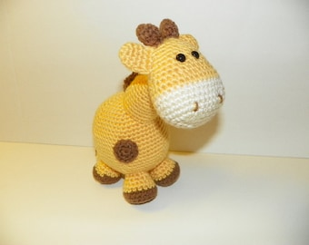 Gippy Giraffe - crochet pattern