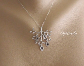 Family Tree Necklace, Grandma Initial Necklace, Personalized Necklace, Mom Jewelry, Personalized Jewelry, Grandmother, Mother Day from son