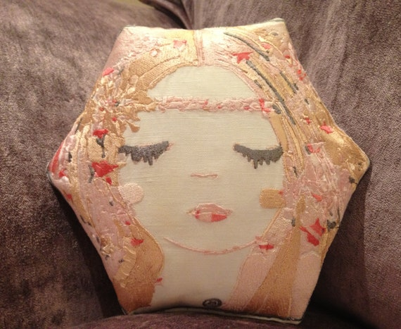 Hexy, Artistic Embroidery Throw Cushion