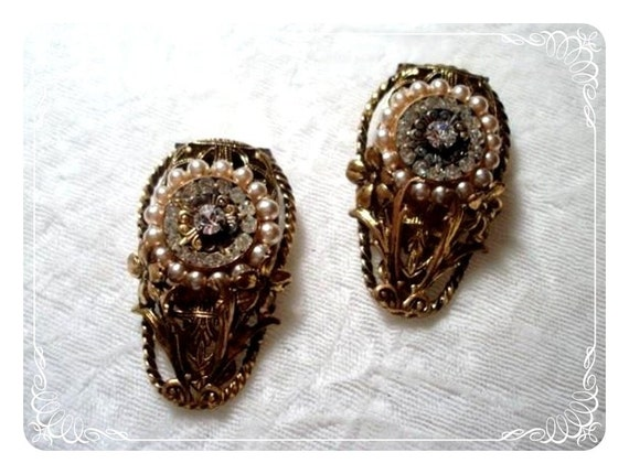 Saved for Sharon Pair of Flowers Dress/Fur Clips - Pearls and Rhinestones  1841ag-012312000