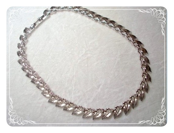 Signed Marboux Silver Tone Leaves Necklace  1894ag-012312000