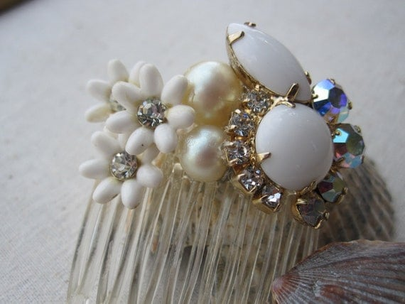 Vintage White Milk Glass Rhinestone & Pearl Jewelry Wedding or Bridal Hair Comb