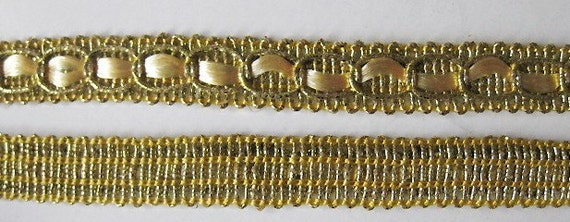2 Yard Light Golden  Lace Trim 1/3 inch wide lacemode 0068