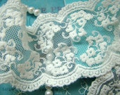 off White Cotton Lace Trim Vintage Embroidered Florals Lace Fabrics Supplies 2 Yards