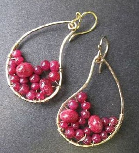 Hammered drops wrapped with ruby Luxe Bijoux 65