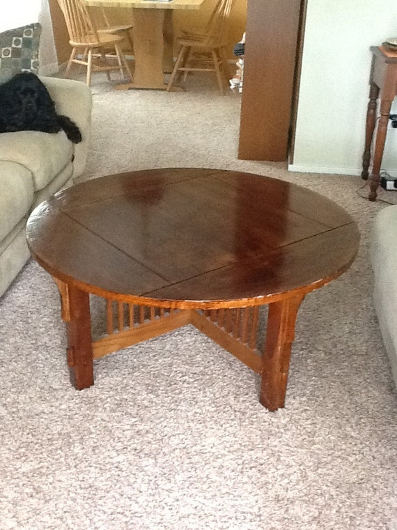 Refurbished Round Wooden Coffee Table