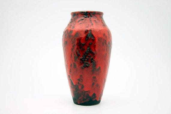 Bright red/black West German vase by Jopeko (5/20)