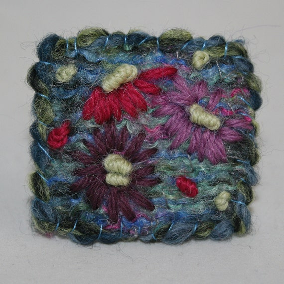 Embroidered Brooch - Michaelmas Daisies