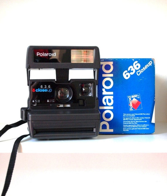 Polaroid 636 Close Up. Vintage camera. Polaroid instant camera. Highly collectable and great fun to use.