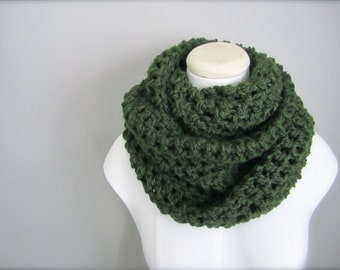 Crochet St. Patrick's Day, Dark Green, Hunter Green, Christmas Green Cowl Neck Scarf, Women's Scarf, Men's Scarf, Unisex Scarf