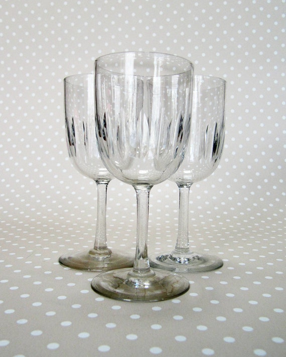 Set of 3 Small Vintage Retro Patterned Sherry Wine Glasses