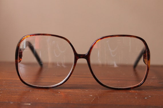 Vintage 80s  Brown Round Frame Readers/Glasses by Liz Claiborne