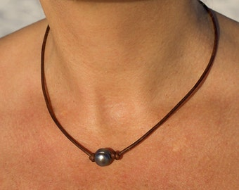 Freshwater pearl and leather necklace - leather and pearl necklace - black pearl necklace - leather necklace