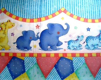 "Animal Mommy & Baby Nursery Border Fabric, Fat Quarter, Multicolor / Shabby Blue, 18"" X 22"" inches, 100% Cotton"
