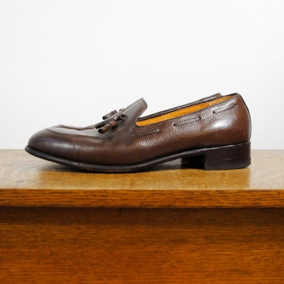 vintage shoes / Dack's loafers  (size 12-13 men's)