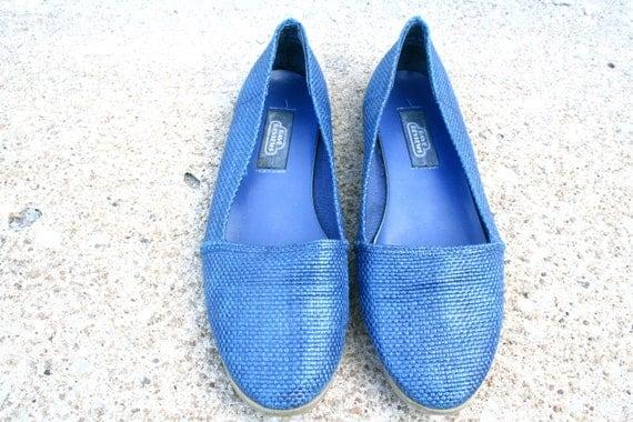 VINTAGE Blue woven loafer flats SZ 8.5