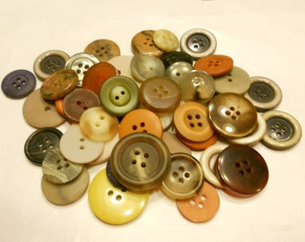 50 piece earth tone button mix, 13 - 26 mm (26)