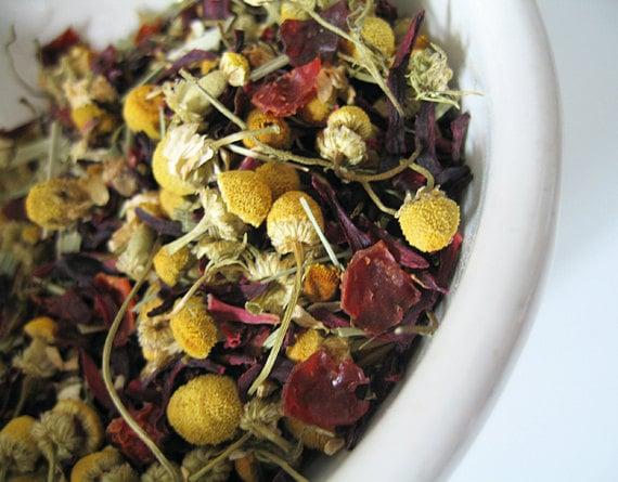 Rose Hips, Chamomile, Hibiscus, & Lemongrass Herbal Tea. FLORAL CUP caffeine-free loose leaf blend  1 oz.