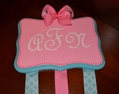 Monogrammed Hair Bow Holder.:.GREAT gift for any Girl