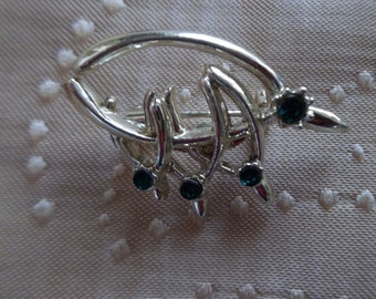 Wishbone Brooch