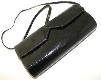 Patent Leather Clutch by Brio. 80s Vintage Black Purse.  Convertible Shoulder Bag. Structured Purse. Crossbody Bag. Twee purse