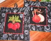 Vegetable Raddish n Onions  POT HOLDERS  hot pads