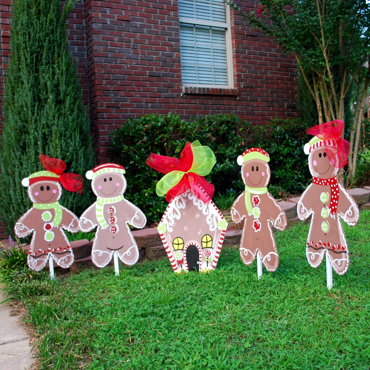 Christmas yard decor gingerbread man christmas by for Yard decorations ideas