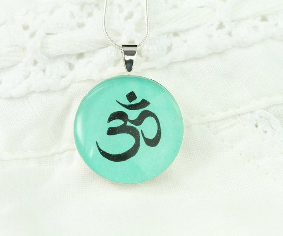 Om Necklace - Unique Yoga Jewelry, Yoga Teacher Gift, Handmade Meditation Necklace, Original Wearable Art, OOAK Yoga Lover Gift, Mint Green