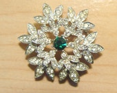 Beautiful Vintage Snowflake Rhinestone Pin - PatsVintageShop