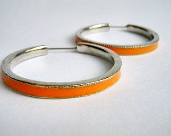 Vintage Jewelry Earrings metal enamel orange hippy chic spring fashion